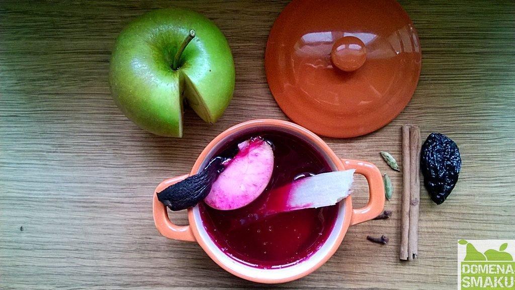 barszcz czerwony z jablkiem 1