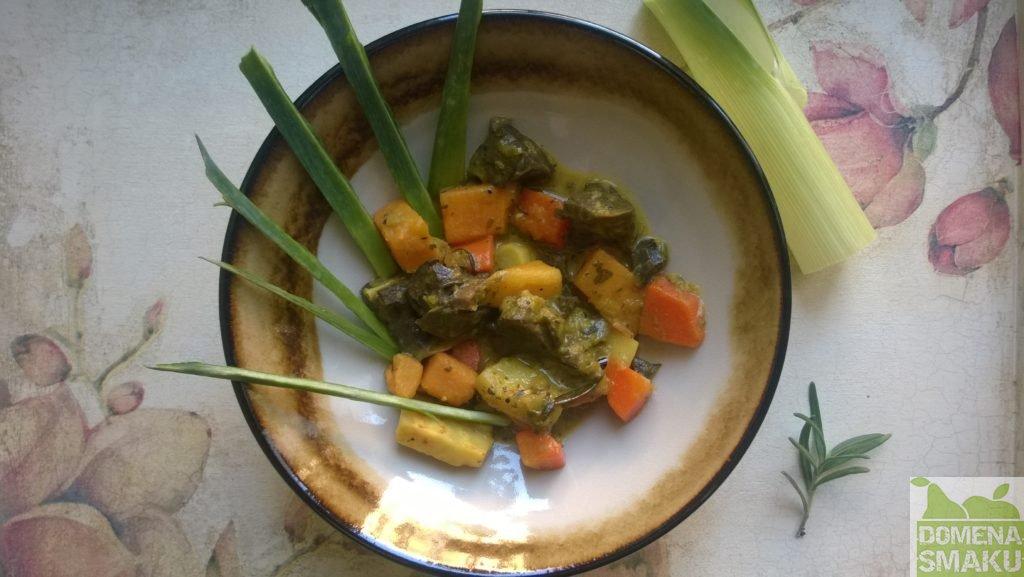 gulasz z plucek warzywa 4